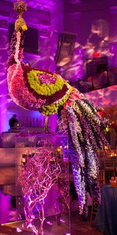 another fantastic creation by #latelierrouge  #wedding #weddingflowers #birds #decor