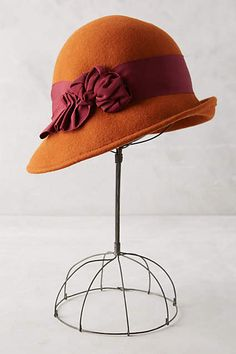 Lusting after this Melodies Cloche. Now I just need to find a pattern to make a knock off.
