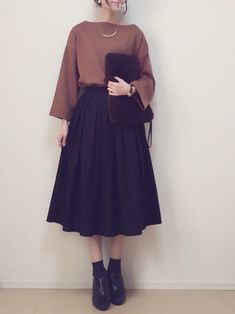 Korean Street Fashion - Life Is Fun Silo Mode Outfits, Korean Outfits, Skirt Outfits, Ulzzang Fashion, Hijab Fashion, Summer Fashion Trends, Trendy Fashion, Trendy Style, Style Fashion