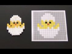 How to Make a Perler Bead Easter Chick - Bügelperlen - Cute Easter Chick Perler Bead Pattern. Laceys Crafts is all about sharing super simple and adorabl - Perler Bead Designs, Perler Bead Templates, Hama Beads Design, Pearler Bead Patterns, Bead Crochet Patterns, Diy Perler Beads, Perler Bead Art, Perler Patterns, Weaving Patterns