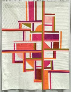 modern quilting designs Enjoy 20 of (just some of) my favorite modern quilts from QuiltCon 2019 in Nashville, Tennessee. All descriptions were written by the makers. Prepare to Modern Quilting Designs, Modern Quilt Patterns, Quilt Designs, Geometry Lessons, Modern Quilt Blocks, Circle Quilts, Geometric Quilt, Geometric Shapes, Quilt Modernen