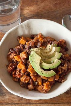 Thick, hearty Black Bean Sweet Potato Chili with cumin and chipotle - use 2 cups of canned black beans to serve 4 on D-Burn, or Phase 3 of the Fast Metabolism Diet.