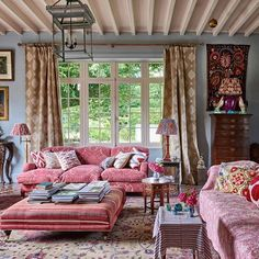 ' country house is filled with vibrant colours, exquisite textiles and characterful antiques - Ideas for the Home Living Room Designs, Living Room Decor, Living Spaces, Cottage Living Rooms, Country House Interior, Cottage Interiors, Inspired Homes, Decoration, Family Room