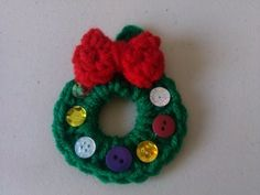 Crochet Christmas wreath ornament This is a quick and easy project. Crochet a Christmas wreath ornaments. These cute ornaments work Crochet Christmas Wreath, Crochet Wreath, Crochet Ornaments, Beaded Christmas Ornaments, Christmas Angels, Crochet Crafts, Christmas Wreaths, Christmas Crafts, Christmas Decorations