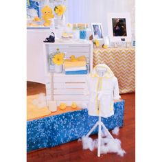 #rubberduckie#rubberducky#ducky#yellow#aquablue #blue#bubbleprint #bubble#bubbles #soap#soapduds#baby#nursery#babyshower#shower#bathtub#towels #candy#chevron#yellowchevron#fun#happy#cute#bathrobe#crates#props#aevents#aevent # #ferriswheel #carnival #roses#hydrangas#cakedisplay #candybuffet