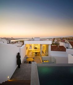 Casa 103 in Ferragudo, Portugal by ultramarino | marlene uldschmidt architects