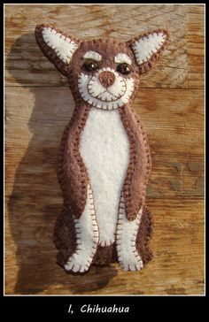 Chihuahua Christmas Ornament-slash-Refrigerator magnet by justsue Ribbon Crafts, Felt Crafts, Dog Lover Gifts, Dog Lovers, Quilting Projects, Sewing Projects, Felt Pictures, Felt Dogs, Refrigerator Magnet