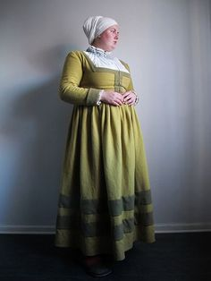 Betulapendulafrau a birch coloured early century German dress - My CMS Renaissance Mode, Renaissance Clothing, Renaissance Fashion, 16th Century Clothing, 16th Century Fashion, 17th Century, Historical Costume, Historical Clothing, German Costume