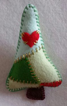 Patchwork Christmas Tree... Felt Christmas Decoration... Felt craft...