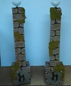 Spooky Columns: pack soda boxes, pack soda boxes, 2 candy dishes from… Halloween Yard Props, Halloween Graveyard, Scary Halloween Decorations, Spooky Decor, Halloween 2014, Holidays Halloween, Halloween Crafts, Favorite Holiday, Holiday Fun