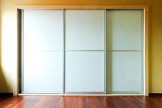 3 door 2 panel equal split sliding wardrobe door with white glass panel and silver steel frame
