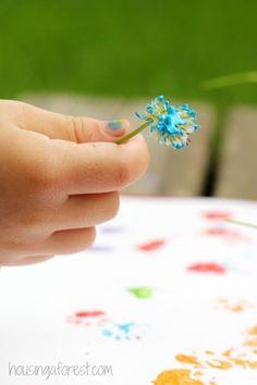 Painting with Flowers ~ Simple preschool art activities