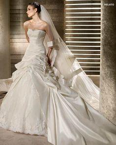 MORE INFO: Pronovias San Patrick Bridal Gown RELATO  http://www.trudysbrides.com/Pronovias-Bridal-Gowns.asp