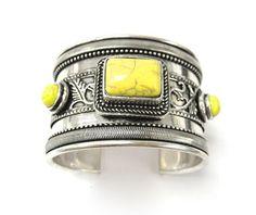 Beautiful Jewelry... (via peace-and-awe)