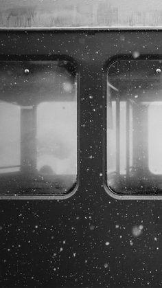 Snowy Train ★ Preppy Original 31 Free HD iPhone 7 & 7 Plus Wallpapers