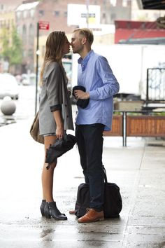 Album 93 online : Love is everywhere in Manhattan. | STYLE AND THE CITY - Paris Street style and Fashion week