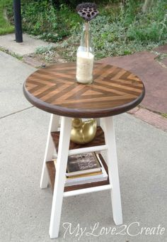 Diy Tomato Cage Side Table Diy Diy Nightstand Diy