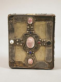 Book or Shrine, Cumdach of the Stowe Missal, early 20th century (original dated 1025-52). The Metropolitan Museum of Art, New York. Rogers Fund, 1911 (12.4.12)