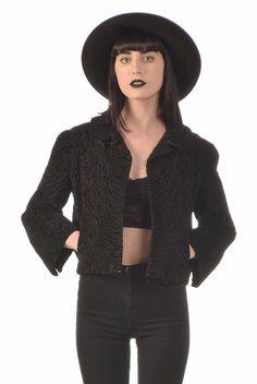 Hattie Carnegie 50s Black Persian Lamb Cropped Fur Coat #hattiecarnegie #vintagefur #vintagecoat #1950s #vintagedesigner #goth #gothic #witchy #cointrelle #croppedlength #persianlamb