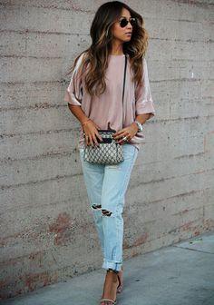 Pretty velvet tee + boyfriend jeans = AMAZING