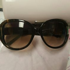 JIMMY CHOO Sunnies authentic sunnies || gently used|| comes w cloth and box|| no scratches|| selling only, no trades, don't ask|| slightly oversized|| sparkels around the rims.. super cute. Jimmy Choo Accessories Sunglasses