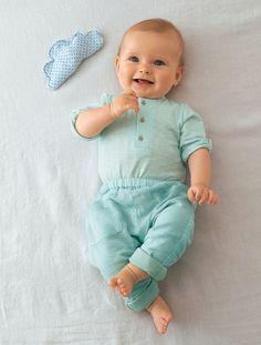 Calças para bebé