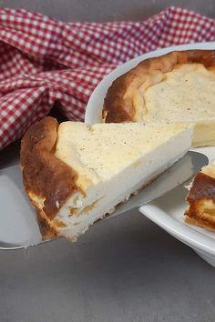 Ich habe einen Weiße Schokolade Käsekuchen mit einfachem Boden gebacken und möchte ihn gerne mit dir teilen. #Käsekuchen