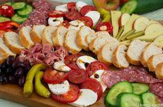 Bunter Avocado Salat - Katha-kocht! Tomate Mozzarella, Aioli, Cobb Salad, Buffet, Curry Pasta Salad, Summer Pasta Salad, Finger Food Recipes, Catering Display, Lunch Buffet
