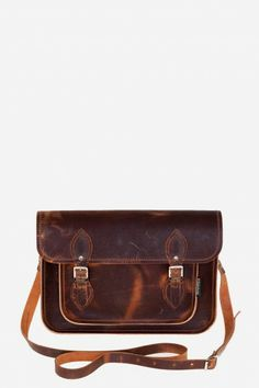 Junkyard Brown Distressed Zatchels Cartable - ON RAD Brown Leather Satchel, Brown Leather Purses, Brown Purses, Brown Bags, Soft Leather, Satchel Purse, Satchel Handbags, Purses And Handbags, Leather Handbags