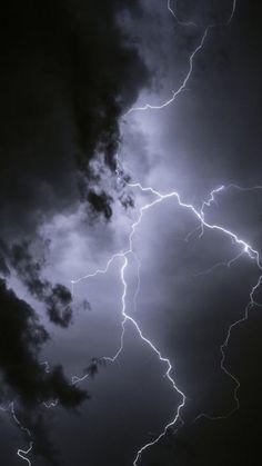 Storm Wallpaper, Galaxy Phone Wallpaper, Paris Wallpaper, Dark Wallpaper Iphone, Epic Thunder, Rain And Thunder, Panda Wallpapers, Animes Wallpapers, Lightning Photography