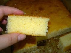 am pus-o in cuptor si cand mi-am aruncat privirea Romanian Food, Sugar Free Recipes, Cornbread, Free Food, Cupcake Cakes, Deserts, Dessert Recipes, Food And Drink, Cheese