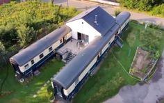 Das Eisenbahnhaus in Marl: Schon als Schuljunge wollte Marko Stepniak in einem Eisenbahnwaggon wohnen, doch daran erinnerte er sich erst wieder, als seine alten Freunde ihn bei der Besichtigung sei…
