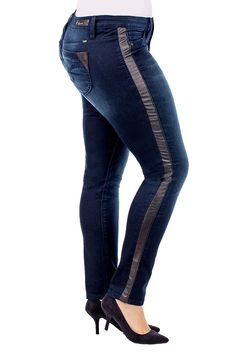 35dd8af2404 Shop Online Junior Jeans Store Including Junior Jeans and Junior Plus Size  Jeans at Affordable Prices. The Latest Trends in Junior Denim Featuring  Denim ...