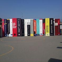 Biblioteca remodelada de la Universidad César Vallejo del distrito de Los Olivos, Lima, Perú.