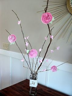 Paper flower centerpiece - OMG I found it, it's perfect!