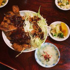 一八食堂の味噌カツ丼ぶり、岐阜市