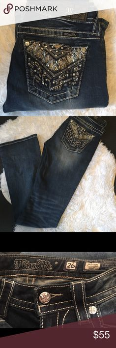 🌟Miss Me🌟Jeans Worn twice, they are beautiful jeans! I really didn't want to get rid of these but need the money. Vet bills!😢 Miss Me Jeans Boot Cut