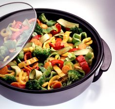 Slow cooker vegetarian meals Veggie Recipes, Real Food Recipes, Vegetarian Recipes, Healthy Recipes, Veggie Meals, Vegetable Pasta, Bean Recipes, Vegan Dishes, Food Dishes