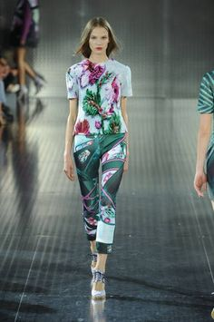 Matchy matchy floral print trousers and tops at Mary Katrantzou #LFW #Inspiredby