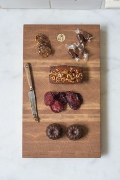 Jacob May Heirloom Cutting Board - White Oak - These heirloom-quality serving boards make an impression—as much works of art as utilitarian items - from QUITOKEETO.com