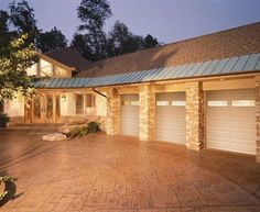 At Banko Overhead Doors, Inc., we carry a wide selection of residential garage doors. Check out the Classic Collection Premium Series. Great designs and colors available. Modern Garage Doors, Residential Garage Doors, Garage Door Design, Garage Door Repair, Home Epiphany, Commercial Garage Doors, Garage Addition, Painted Doors, Modern Farmhouse