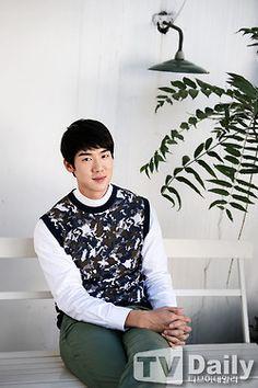 Yoo Yeon Seok's September '14 News Articles