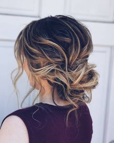 Romantic, loose, drapey, textured, effortless, updo wedding hairstyles,updo hairstyles,messy updos #weddinghair #wedding #hairstyles #updowedding #weddinghairstyles