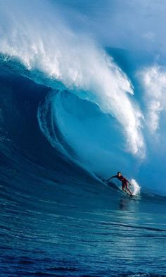 Surfing huge waves in Hawaii. #surf