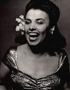 Lena Horne...........http://userserve-ak.last.fm/serve/500/555889/Lena%2BHorne.jpg