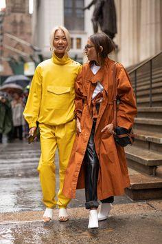New York Fashion Week: the best street style moments so far New York Fashion Week: die besten Street New York Street Style, Street Style Trends, Top Street Style, Autumn Street Style, Cool Street Fashion, Street Chic, Street Style Women, Paris Street, Fashion Weeks