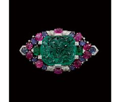 Cartier Art Déco brooch circa 1929.