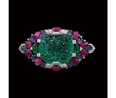 Cartier Art Déco brooch circa 1929. http://amzn.to/2t5eyCc