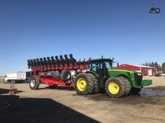 John Deere Combine, New Tractor, John Deere Equipment, Thanks Mom, John Deere Tractors, Farm Life, Monster Trucks, Places, Vehicles