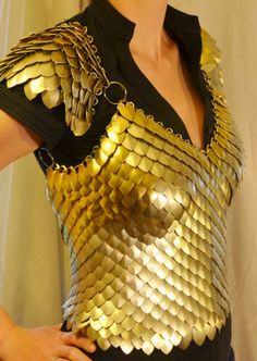 Dragon Queen Bodice Construction Part 1 – Thinker Tinker Maker Dragon Costume Women, Diy Dragon Costume, Dragon Scale Armor, Scale Mail, Pauldron, Female Dragon, Queen Costume, Dragon Slayer, Cosplay Outfits